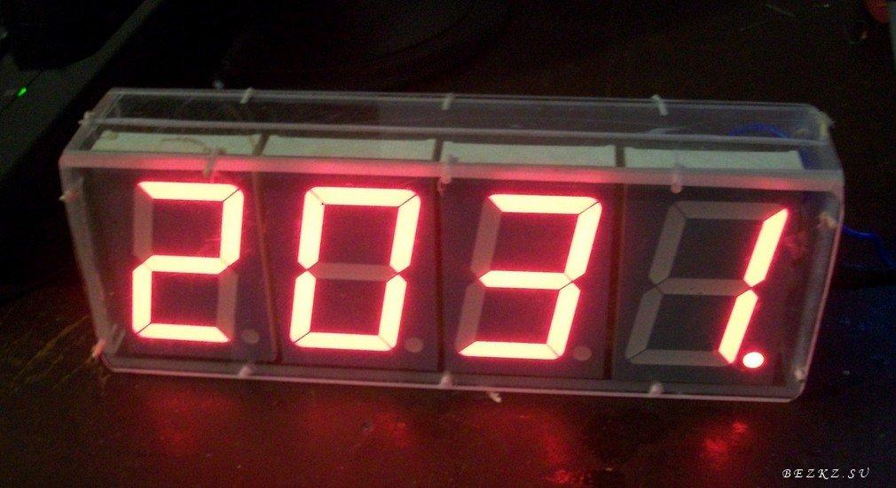Часы-термометр с радиодатчиком